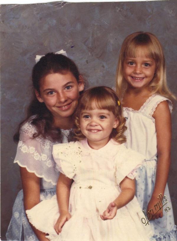 3 girls olan mills